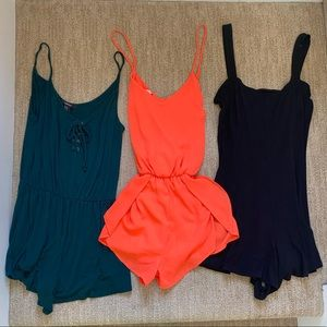 Lot of 3 cute colored rompers (size S/M)